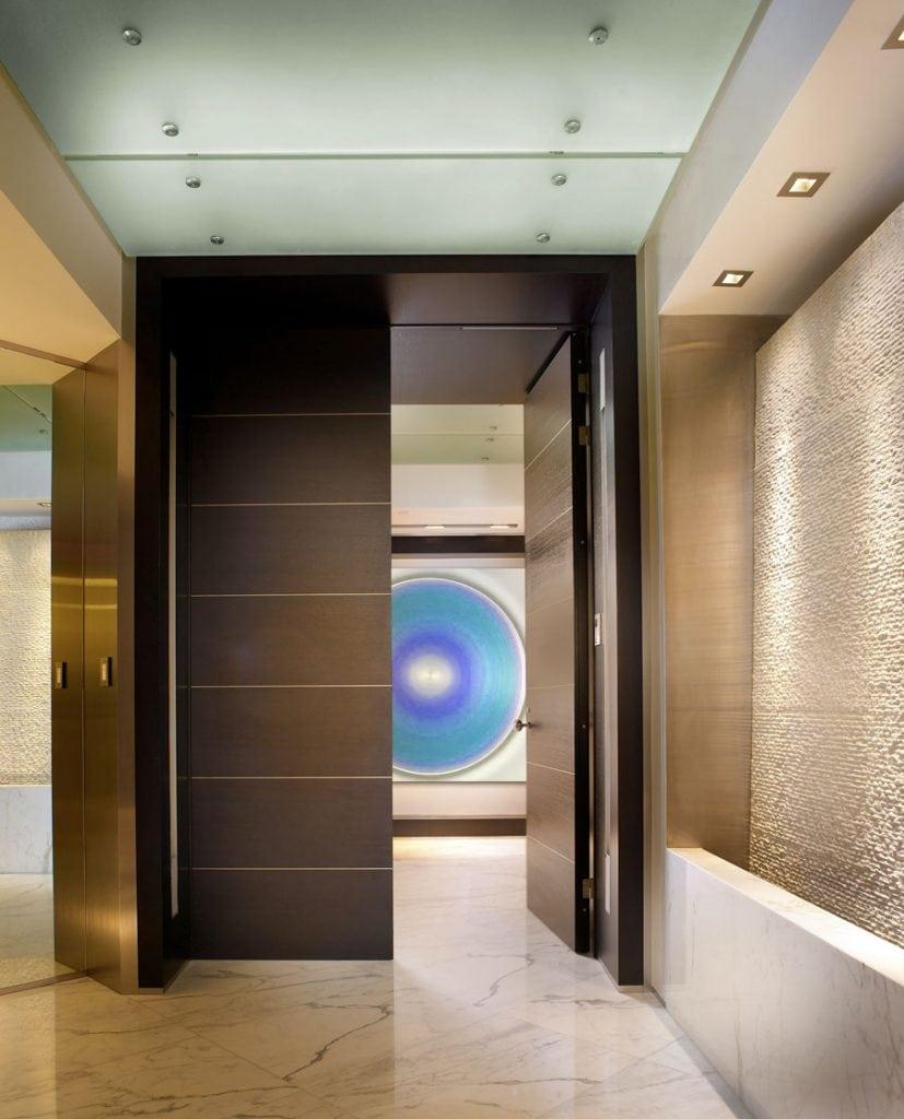 1-WEB-READY--Harp-foyer-lights