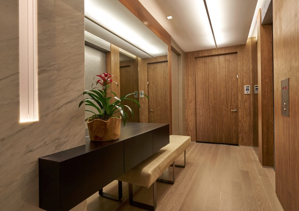 2-Hight_Foyer-B