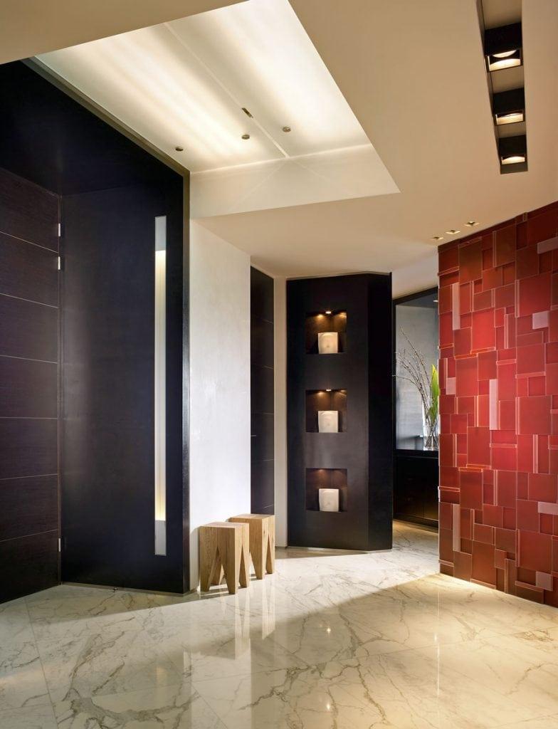 2-WEB-READY--foyer-entry