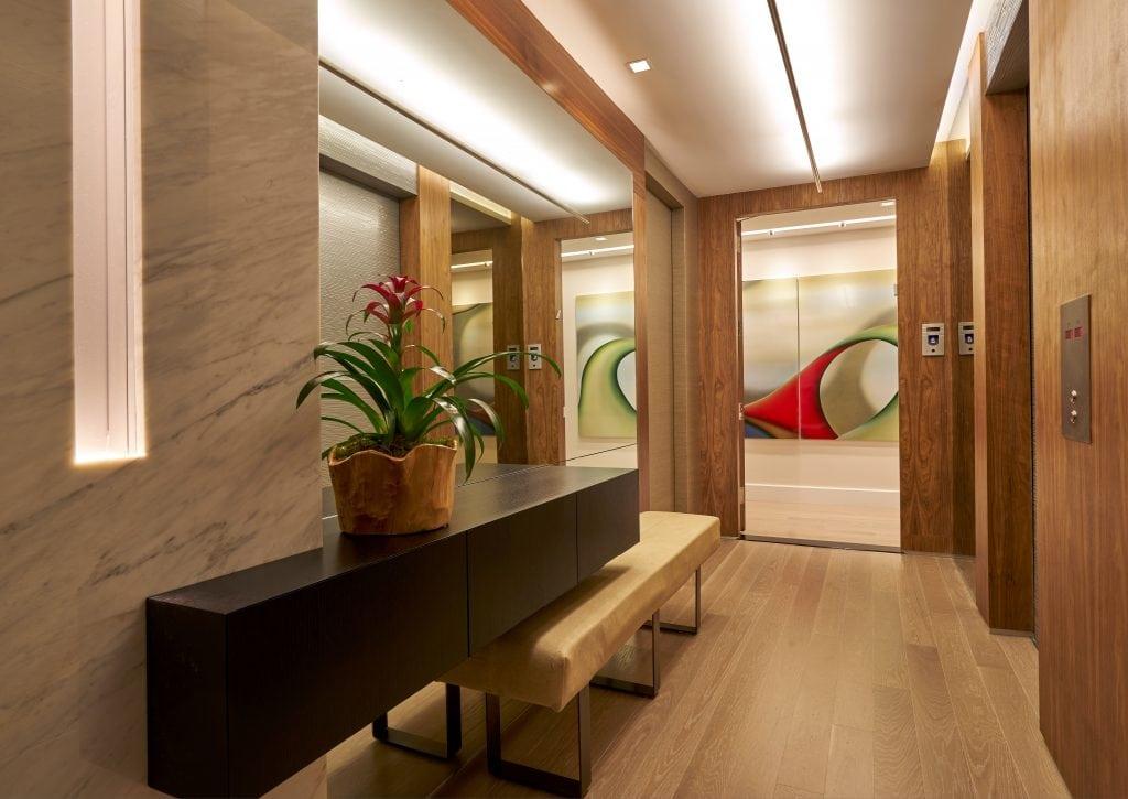 3-Hight_Foyer-A